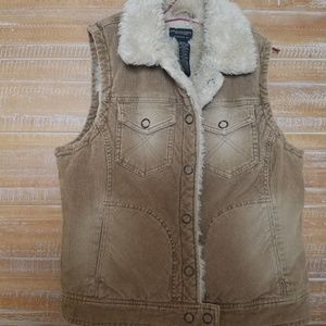 Corduroy vest with faux sherpa lining